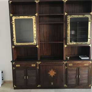For sale: Nautical mahogany / brass cabinet with other matching items - €1,500